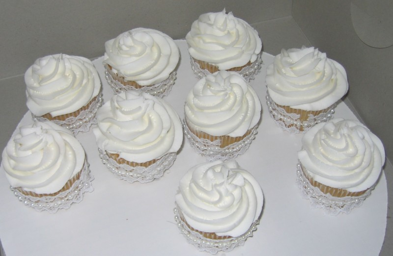 Anniversary Cupcake Images : 50th Wedding Anniversary Cupcakes - Heavenly Divine Cakes